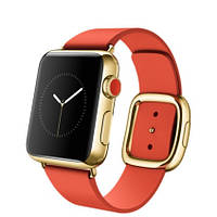 38mm 18-Karat Yellow Gold Case with Bright Red Modern Buckle  (MJ3G2LL)