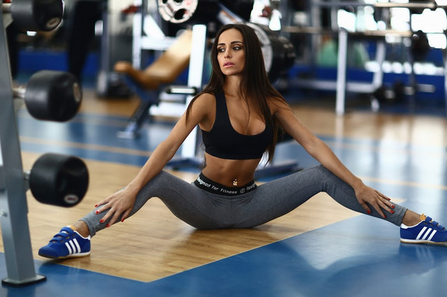Sexy Black топ для фитнеса