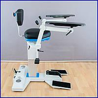 Мобильное кресло для оперирующего врача хирургии-офтальмологии компании Möller-Wedel для Leica.