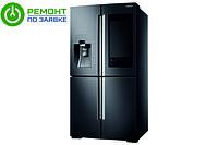 Холодильник Samsung Family-Hub оснащен огромным экраном.