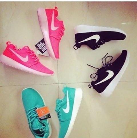 Скидки 5% на Nike Roshe Run