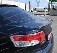Спойлер Тойота Авенсис 3 (спойлер на крышку багажника Toyota Avensis 3 T27)