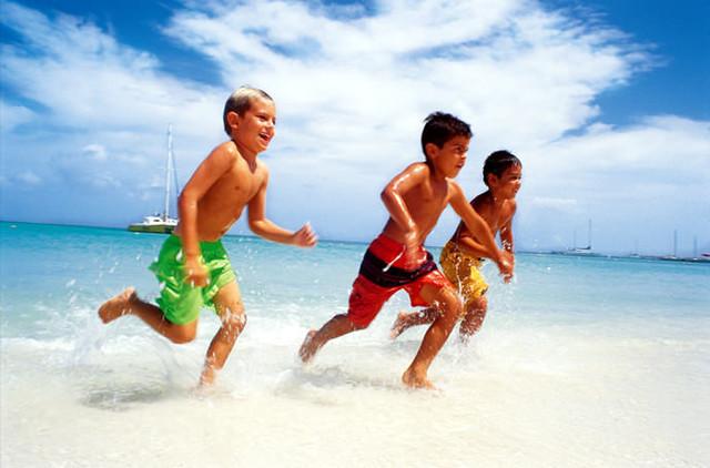 Детские пляжные шорты