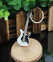 """Дизайнерський брелок, мініатюра - """"Гітара"""", колір хром"""