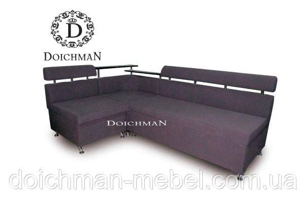 Кухонный диван с полкой в углу