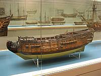 Модель 100-пушечного английского парусного корабля Britannia (1682)