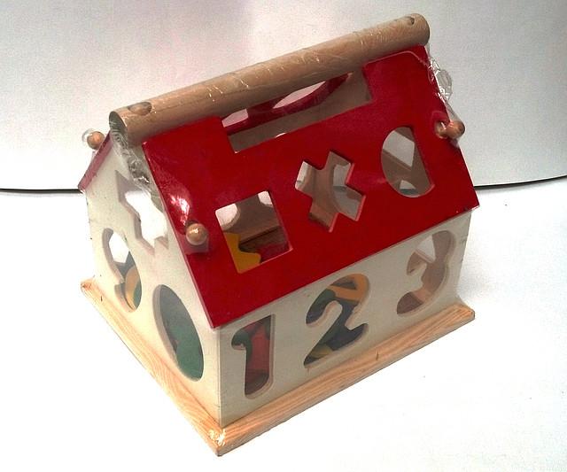 Деревянный домик - сортер