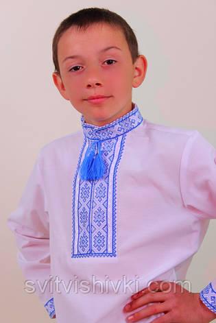 Вышитая мальчиковая сорочка с голубым узором, фото 2
