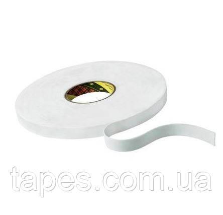 Клейка стрічка на пенооснове 3М 9536 (19мм х 66м х 1мм)