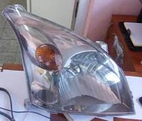 Фара передняя правая Toyota 81130-60D80  Toyota Land Cruiser Prado