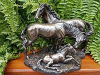 Коллекционная статуэтка Veronese Лошади Семья 72158A4