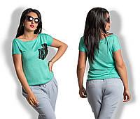 Женская футболка с гипюровым карманом батал