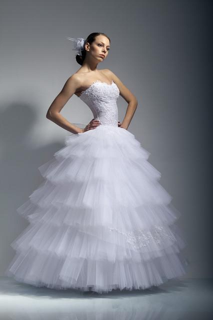 Прокат свадебных платьев крым