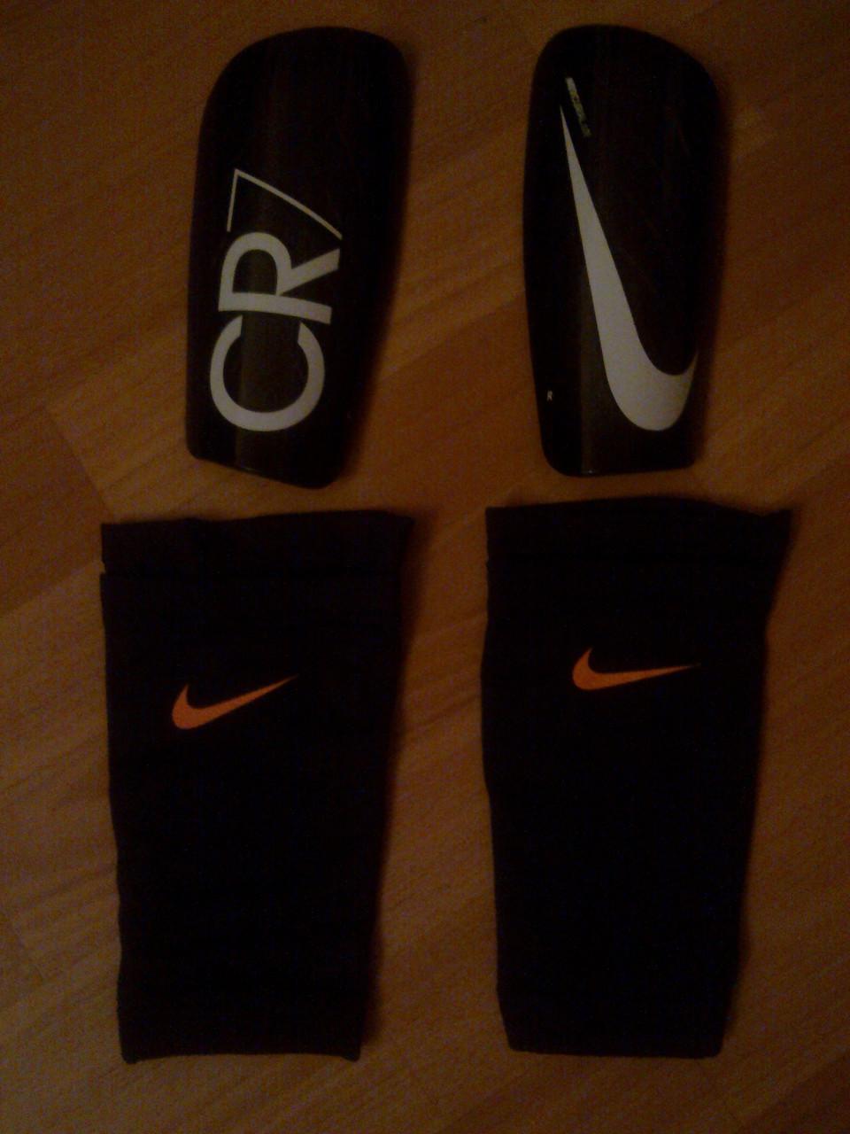 Футбольные щитки Nike Mercurial(дубликат) - Форвард в Черновцах