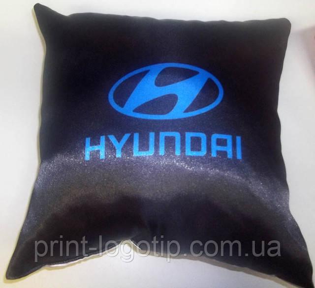 Фото на подушке, пошив наволочек с логотипом и фото