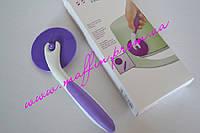 Роликовый нож для мастики и теста