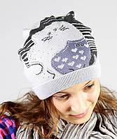 Отличная вязаная шапочка с принтом