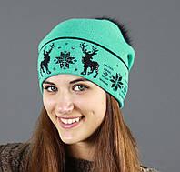 Мятная шапка на зиму с помпоном