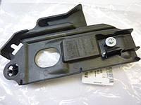 Направляющая (кронштейн, крепление, опора, рейка) переднего бампера левая OPEL COMBO CORSA-C 13120856