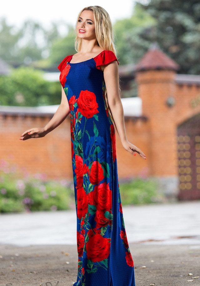 Платье в пол синее с красными цветами