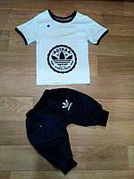 """Комплект летний """"Adidas""""футболка белая с рисунком бриджи черные"""