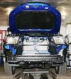 Декоративно-захисна сітка радіатора Toyota Hilux 2015 - фальшрадіаторная решітка, бампер, фото 2
