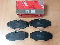 "тормозные колодки передние на Renault Trafic, Opel Vivaro, Nissan Primastar 2001- > ""TRW"" GDB1478"