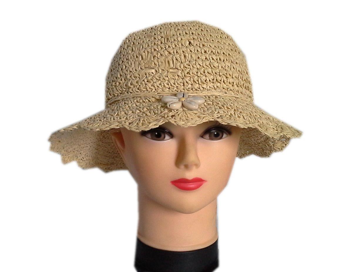 Жіноча солом'яний капелюх