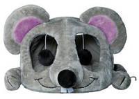 Домик для кота Trixie Lukas меховой серый 35*33*65см с дряпкой (36290)