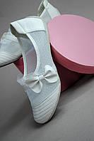 Мокасины женские белые каблук