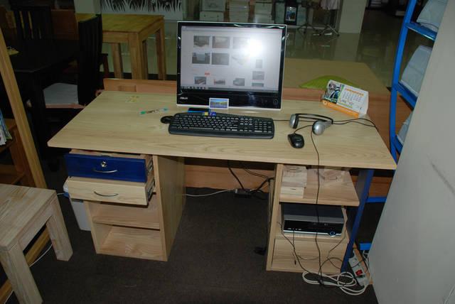 Стол компьютерный 5