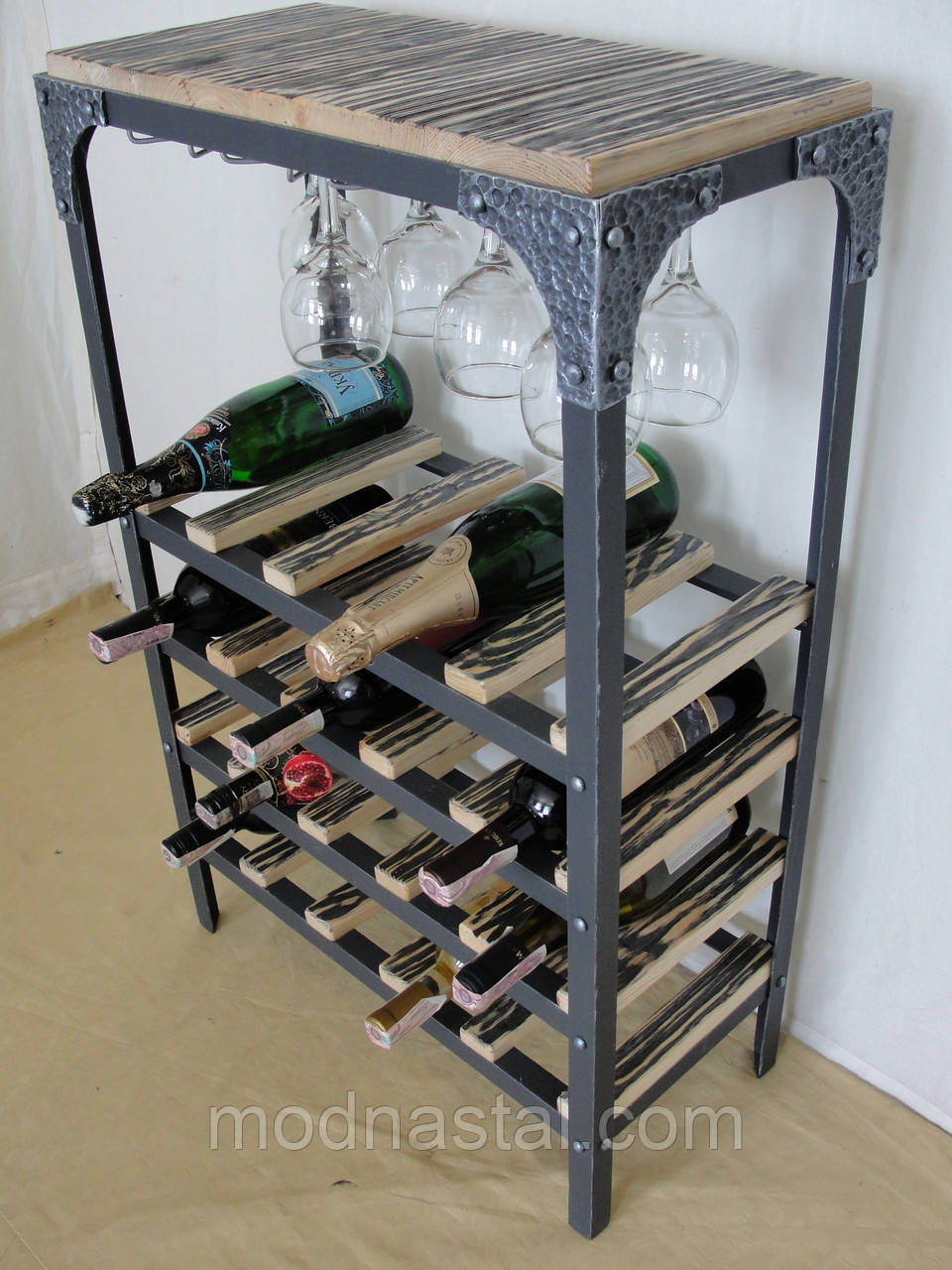 Стол-стелаж для вина Loft Style
