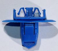 Фигурное нажимное крепление молдингов крыла Toyota, OEM: 7539742010
