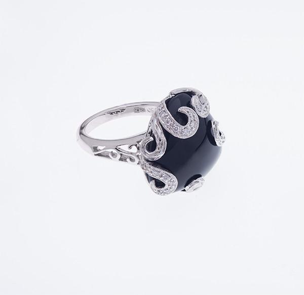 Золотое кольцо с ониксом и бриллиантами С27Л3№4