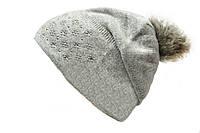 Комфортная молодежная шапка с помпоном