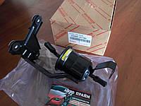 Топливный фильтр Toyota Land Cruiser Prado 150