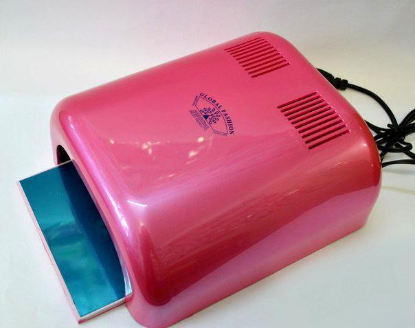 УФ Лампа Lillu, 36 W с таймером (цвета в ассортименте)