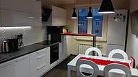 Прямая кухня 4,5 м.п. с барной стойкой под заказ