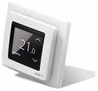 Терморегулятор с сенсорным дисплеем и интеллектуальным таймером DEVIregTM Touch