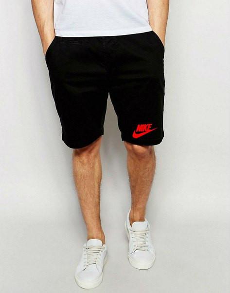 Мужские спортивные шорты Nike черного цвета с красным логотипом