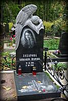 Памятник с резным  ангелом № 354