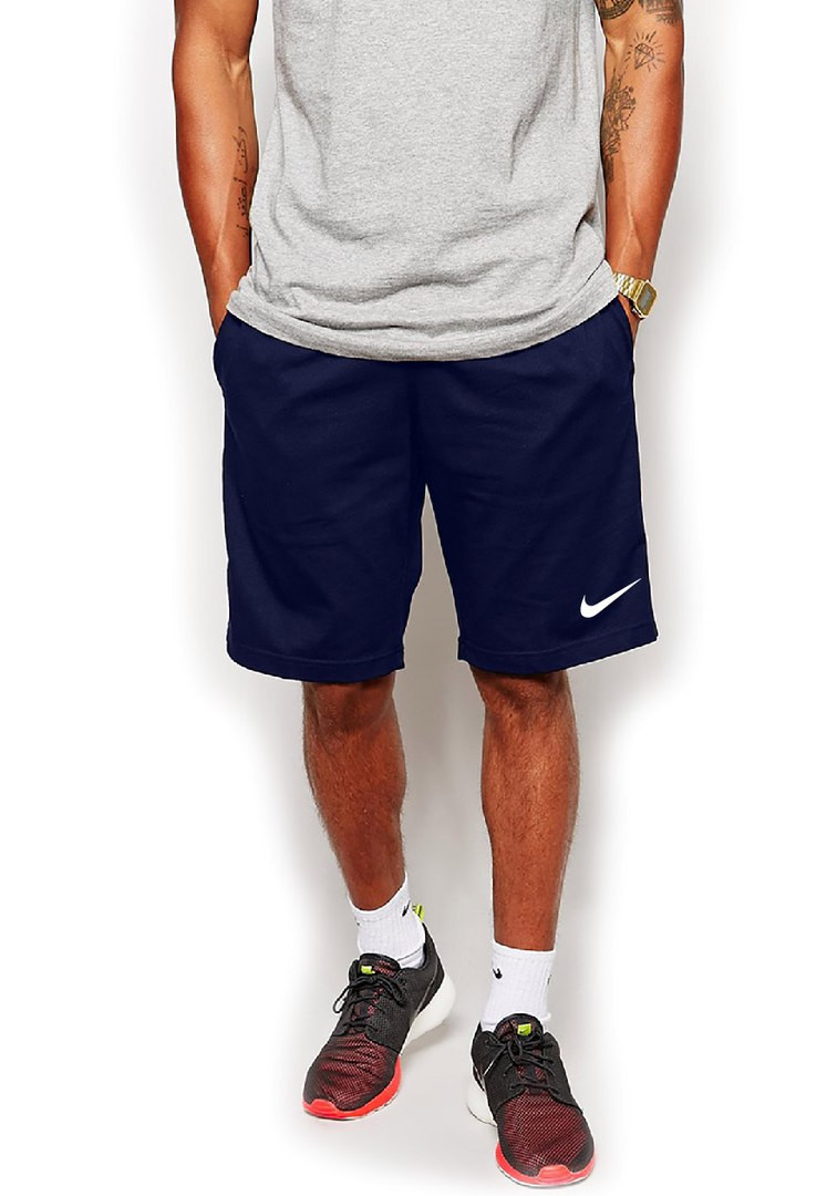 Мужские спортивные шорты Nike синего цвета с белым логотипом