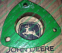 Корпус H93927 подшипника  John Deere з.ч. HOUSING-BEARING JD H227615