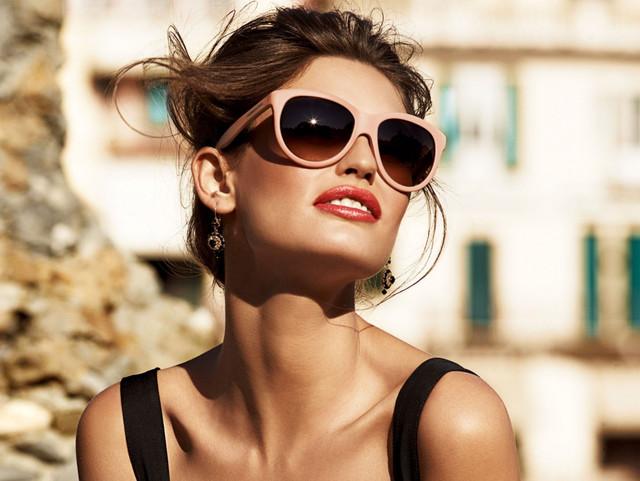 Очки солнцезащитные, ремни, пояса