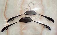 Вешалка-плечики с чёрной деревянной вставкой