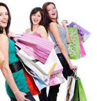 Чем выгодна покупка женской одежды в интернет-магазинах