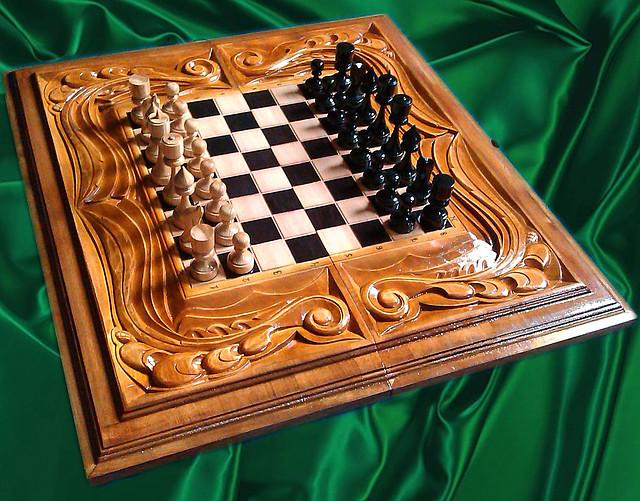 Шахматы - нарды ручной работы