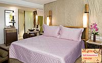 Покрывало 230х250  на  кровать с наволочками GoldenTex