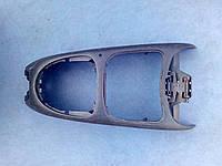 Центральная консоль 7700 843 246 Renault megane l