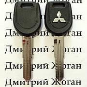 Авто ключ для Mitsubishi (Митсубиси) лезвие MIT11R, с чипом 4D61